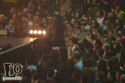 Elisa-e-i-fans-a-Pescara