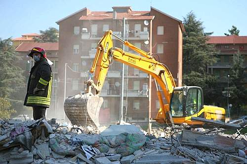 terremoto-abruzzo-scavi