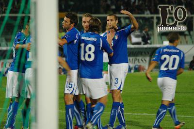 La notte di Pescara si tinge di Azzurro …