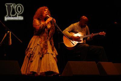 Sarah Jane Morris in concerto: serata magica per l'Etno Music a Pescara