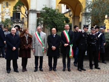 sindaco Albore Mascia e Presidente Guerri su celebrazioni Anniversario Orfico al Vittoriale01
