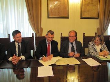 Albore Mascia su stipula convenzione con Direzione scolastica regionale per EuropAurum01