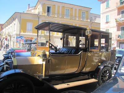 Pescara, XXVII° Raduno dannunziano di auto d'epoca