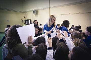 Nazionale Femminile Handball nelle scuole