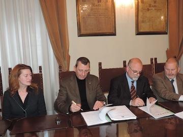 Pescara Protocollo d'intesa con DMC Terre del Piacere per promozione turistica del territorio