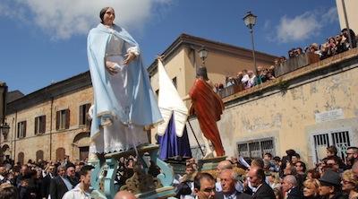 """Spoltore, Pasqua 2014: """"La Madonna che corre"""""""