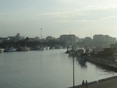 Veduta del porto canale di Pescara