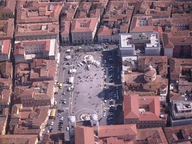 L'Aquila Piazza Duomo veduta aerea