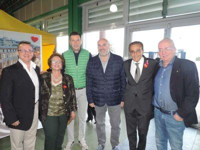 Foto prof. Lombardo con sindaco Di Primio, assessore Diodati, consiglieri Testa e Teodoro
