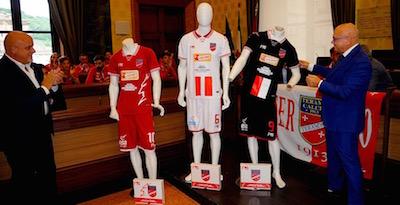 divise Teramo Calcio 2015-2016