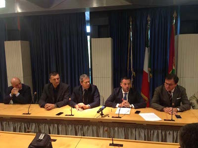 foto tavolo relatori6