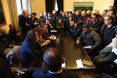 Attiva, incontro con sindaco e capigruppo consiliari per i lavoratori interinali della Spa