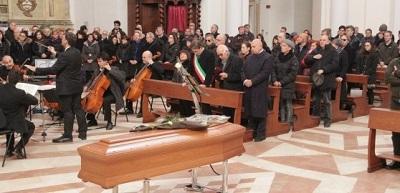 Cerimonia funebre Antonellini (foto Raniero Pizzi)