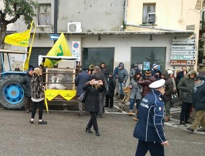 Coldiretti MAXI BENEDIZIONE NELLE PIAZZE