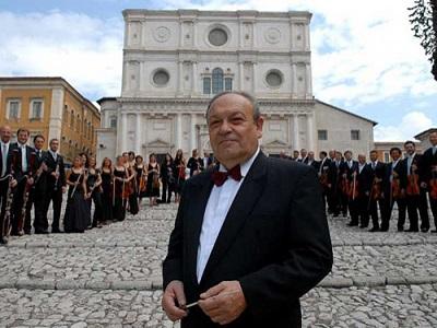 Vittorio Antonellini e l'Orchestra Sinfonica Abruzzese