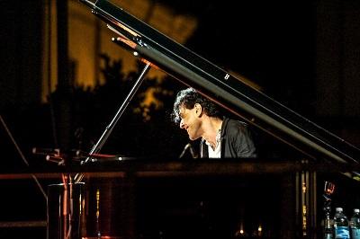 bosso al pianoforte