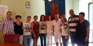 Foto di gruppo studenti alberghiero De Cecco