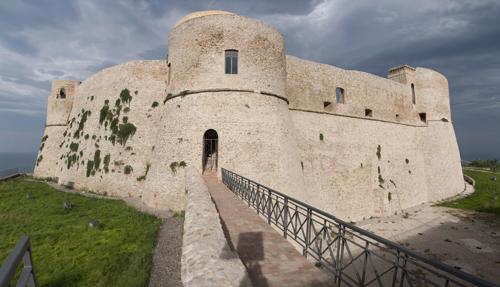 castello_aragonese_ortona