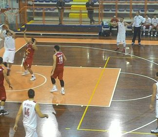 Basket, Amatori Pescara-Pallacanestro Senigallia 79-58