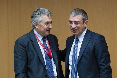 In Italia prime lauree scienze comunicazione ad agenti commercio
