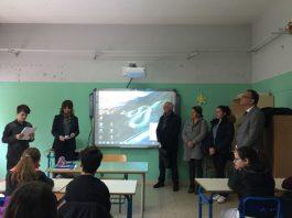 Famiglia Sargiacomo dona una lavagna Lim alla Foscolo