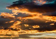 cielo poco nuvoloso