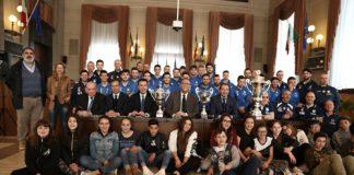 due squadre di Pescara Calcio a 5