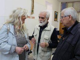 L'assessore Allegrino con Renato Paesano e Padre Bonaventura alla mensa di San Francesco