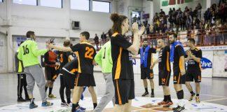 Pharmapiù Sport Città Sant'Angelo esulta a fine partita