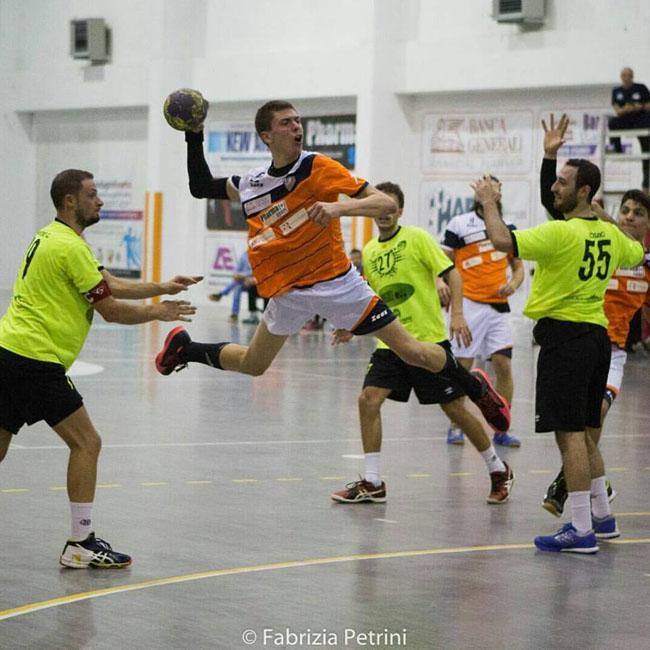 Pharmapiù Sport Città Sant'Angelo ingrana la quarta