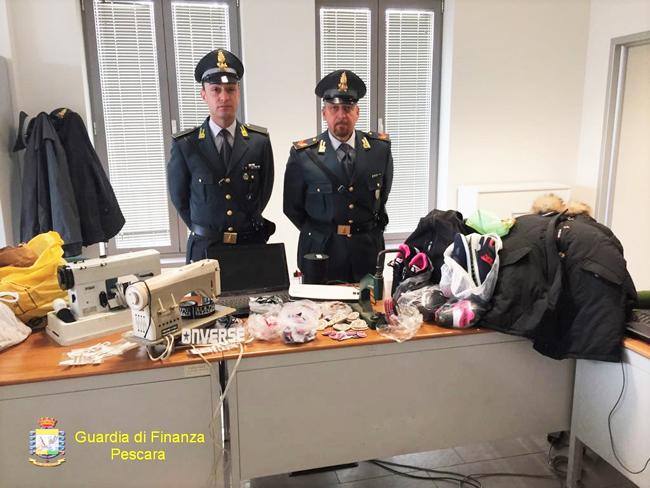 GdF Pescara sequestro merce contraffatta