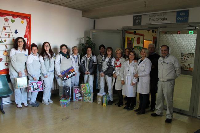 Befana Sevel-Ail, il gruppo di dipendenti e volontari1