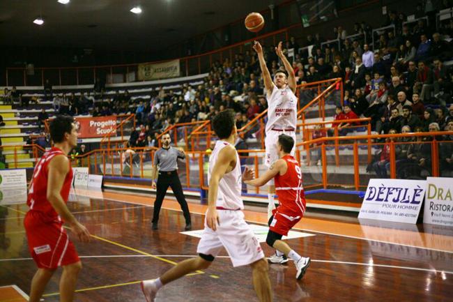 Basket, Amatori - Campli: la presentazione del derby