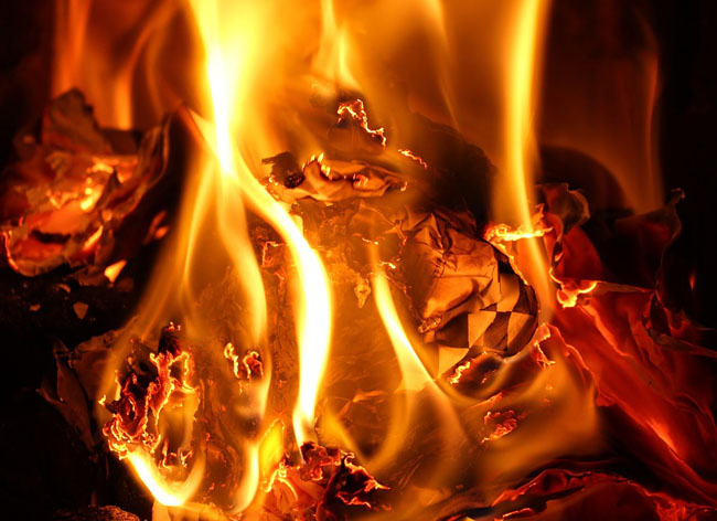 Cellino Attanasio, incendio SerPlast: sono in corso accertamenti