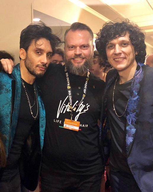 L'hair stylist abruzzese Silvio Luciani con i vincitori di Sanremo