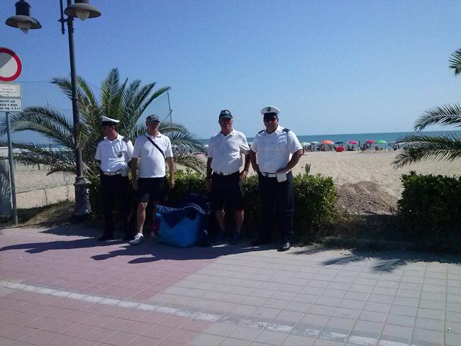 agenti municipale-Giulianova contro abusivismo