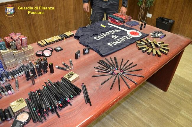 Pescara, sequestrate 500 confezioni di cosmetici contraffatti