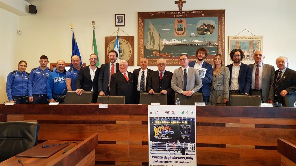 Boxe, Roseto: presentati i Campionati europei giovanili