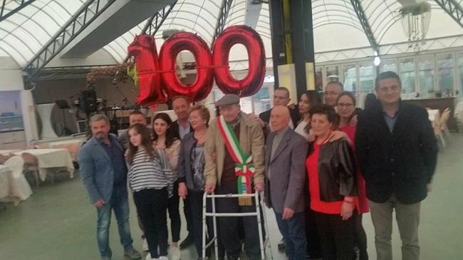 Manoppello, Zi Giose festeggia 100 anni