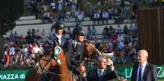 Equitazione podio Piazza Siena Velia Angelini
