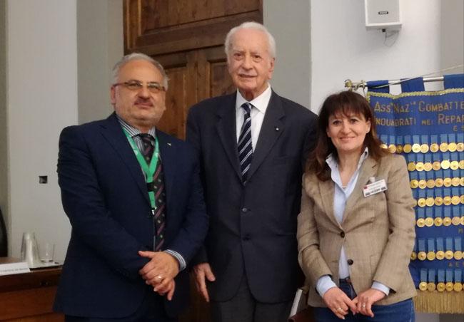 Firenze grande interesse relazione della associazione aquilana De Historia