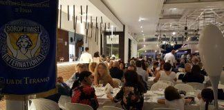 Una serata in Riva al mare, oltre 250 partecipanti per l'evento benefico