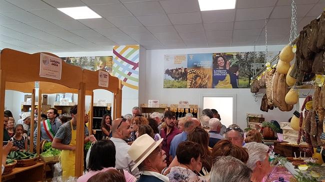 inaugurazione mercato Coldiretti L'Aquila