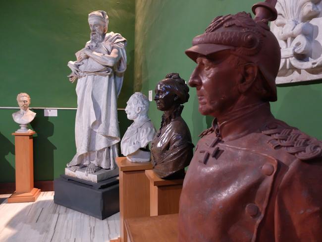 Giulianova eventi Musei Civici a luglio agosto sala Pagliaccetti