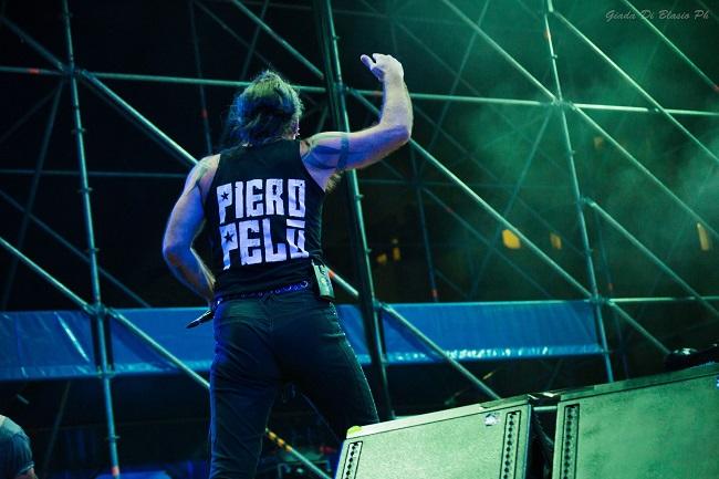 Piero Pelù a Francavilla: foto e scaletta del live