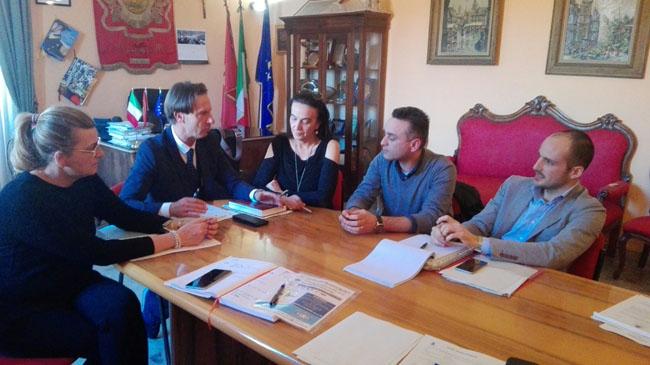 Giulianova riunione giunta sindaco