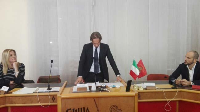 conferenza stampa dimissioni sindaco Giulianova