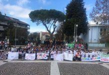 San Giovanni Teatino, flash mob con gli alunni delle scuole