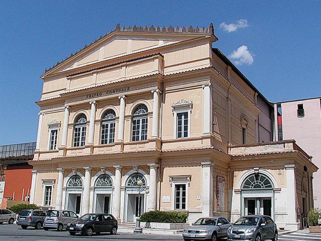 teatro comunale L'Aquila