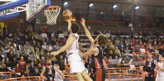 Chieti vince il derby contro l'Unibasket Pescara al fotofinish